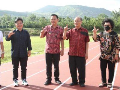 Walikota dan Wawali Tomohon Tinjau fasilitas olahraga lintasan atletik