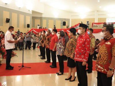 Walikota Andrei Angouw Dikukuhkan Sebagai Ketua TPAKD Kota Manado