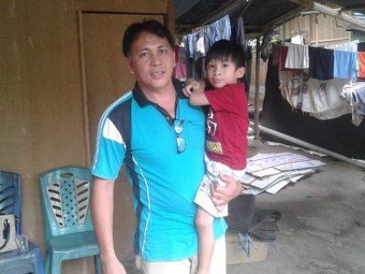 Jonli Wowor dan Anaknya