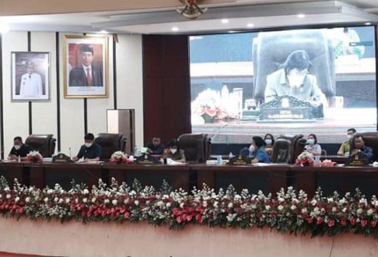 Rapat Paripurna DPRD Manado